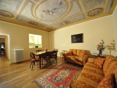 Photo for Luxury flat in the heart of Florence (5 + 2 sleeps) - 150m walking from Duomo
