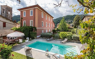 Photo for Villa for 10 People with Pool