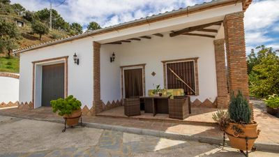 Photo for Holiday villa for eight people, less than 20 km from Juzcar