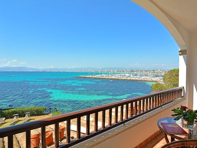 Photo for Water Front Family Villa Direct Access To The Sea