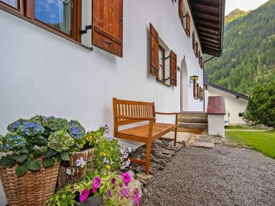 Photo for Apartment in the center of Kaunertal with Parking, Internet, Balcony (32973)