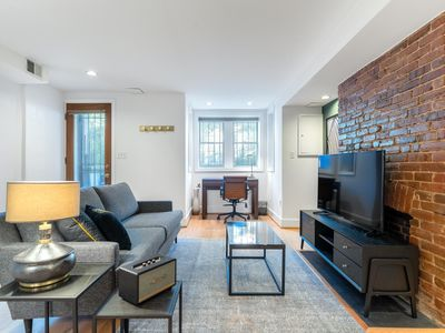 Photo for Mod Logan Circle 1BR by Metro, near Restaurants & Bars, by Blueground