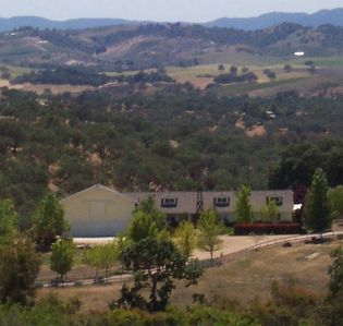 Photo for Gorgeous Wine Country Estate - 4 Bedrooms, 3 Baths, Sleeps 8 (plus up to 8 kids)