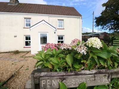 Photo for PENYGAER COTTAGE, pet friendly in Llanboidy, Ref 987532