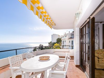 Photo for Apartment in Puig Rom (Roses) with communal pool and beautiful sea views.