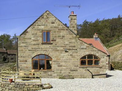 Photo for THE ARCHES, pet friendly, with open fire in Farndale , Ref 1391