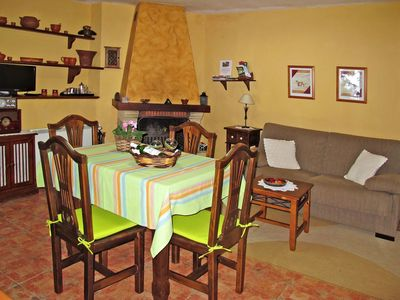 Photo for Beautiful apartment for 4 guests with TV, balcony and parking