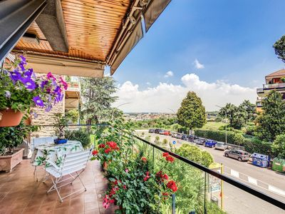 Photo for Terrazza Piccolomini: elegant apartment stunning view over Rome/St Peter's Dome