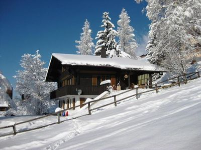 Photo for Holiday house Lenk im Simmental for 6 - 8 persons with 3 bedrooms - Holiday house