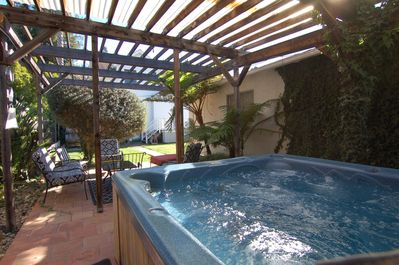 Cozy Hot Tub very inviting in winter w/beautiful sunny days & chilly evenings.