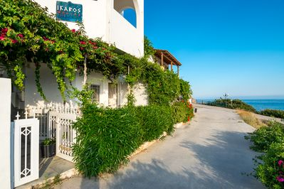 Ikaros villas just 30 m from the beach