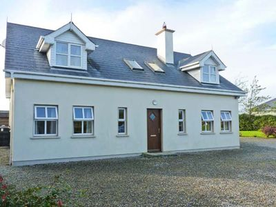 Photo for Belgrove Cross Cottage, DUNCORMICK, COUNTY WEXFORD