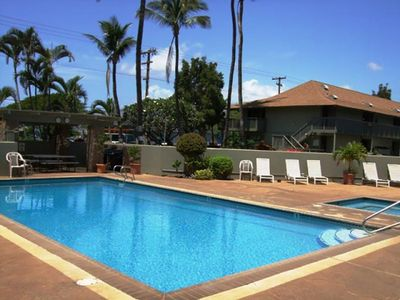 Kihei Bay Surf #126 Studio, Convenient Location, Great Rates! Sleeps 3