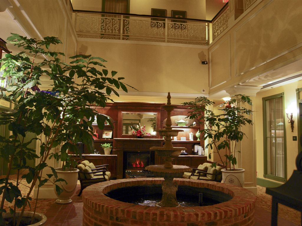 New Orleans 2 Bedroom Suites French Quarter Beautiful 2 Bedroom Condo Wyndham La Homeaway Downtown Cbd