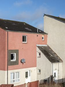 Photo for Falconer Rise 3 Bed Townhouse Near to Edinburgh