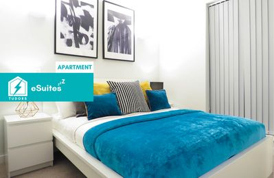 Photo for Tudors eSuites modern design one bedroom apartment in the heart of Jewellery Quarter