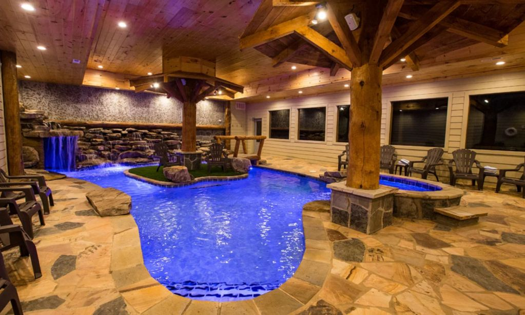 Stunning Mountain Lodge Indoor Pool Hot Tub 6 Bedrooms