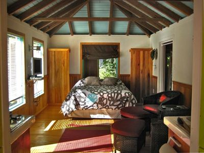 spacious, comfortable, airy and cool. Hurricanes Irma and Maria couldn't dent it