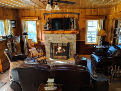 COZY LIVING ROOM WITH WARM GAS FIRE