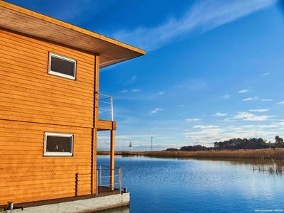 Photo for House 7 / pets possible - FLOATING HOUSES Comfort - Kröslin / max. 4 pers.
