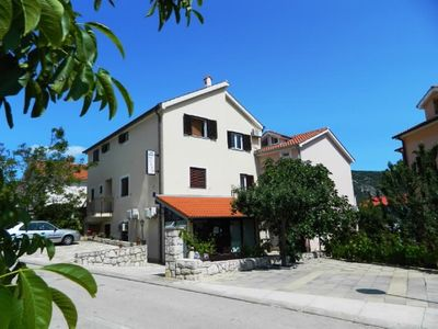 Photo for 2BR Apartment Vacation Rental in Primorje-Gorski Kotar County, Op?ina Cres