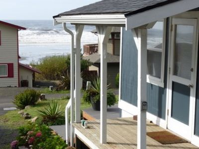 Photo for Sunset Beach Cottage, charming, clean & comfortable with ocean-view