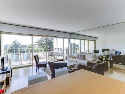 Photo for Apartment in cannes w sea view, nice pool & tennis