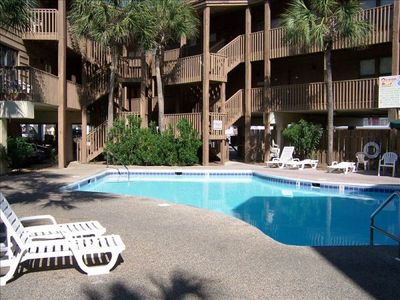 Oceanside Condo, Updated and Clean available April 13 - 20 and April 27 - May 1.