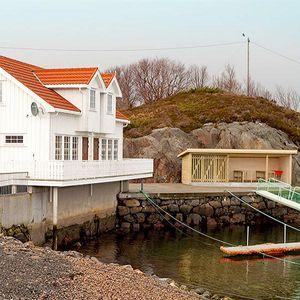 Photo for Beautiful holiday home on the island of Lysøya for up to 8 people
