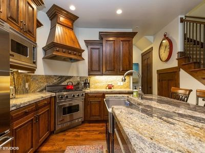 Photo for Juniper Landing 1107 - 2BD - Luxury Canyons Townhome