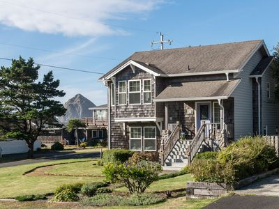Photo for 5 Star Home, 1 Block to Beach, Haystack Rock Views, 2 King Beds, Quiet Area