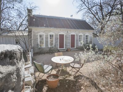 Photo for Just Blocks Away from the Historic Granbury Square and Festivals!