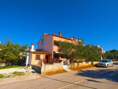 Photo for Holiday apartment Fažana for 8 persons with 4 bedrooms - Holiday apartment