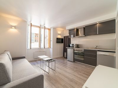 Photo for 1BR Apartment Vacation Rental in Annecy, Haute-Savoie