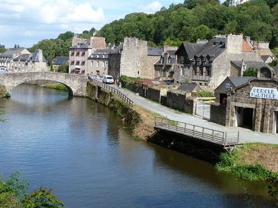 Apartment Le Loft overlooking the river Rance