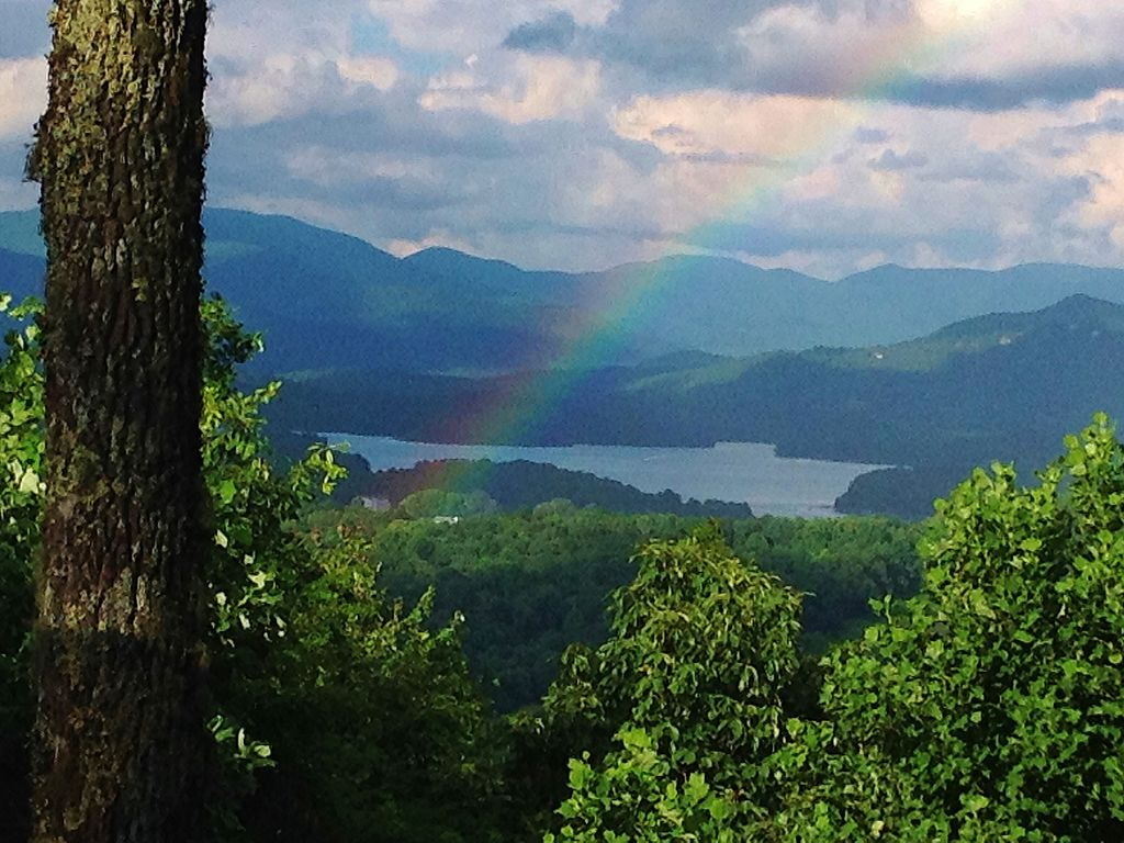 Mountain Views Of Lake Chatuge Conven Vrbo