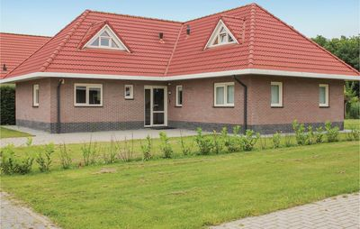 Photo for 6 bedroom accommodation in Zeewolde