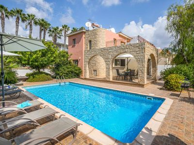 Sunset Paradise - Private pool, WI-FI & A/C included