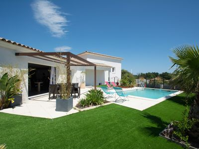 Photo for Nice contemporary villa 3 bedrooms equipped with bathrooms, private pool