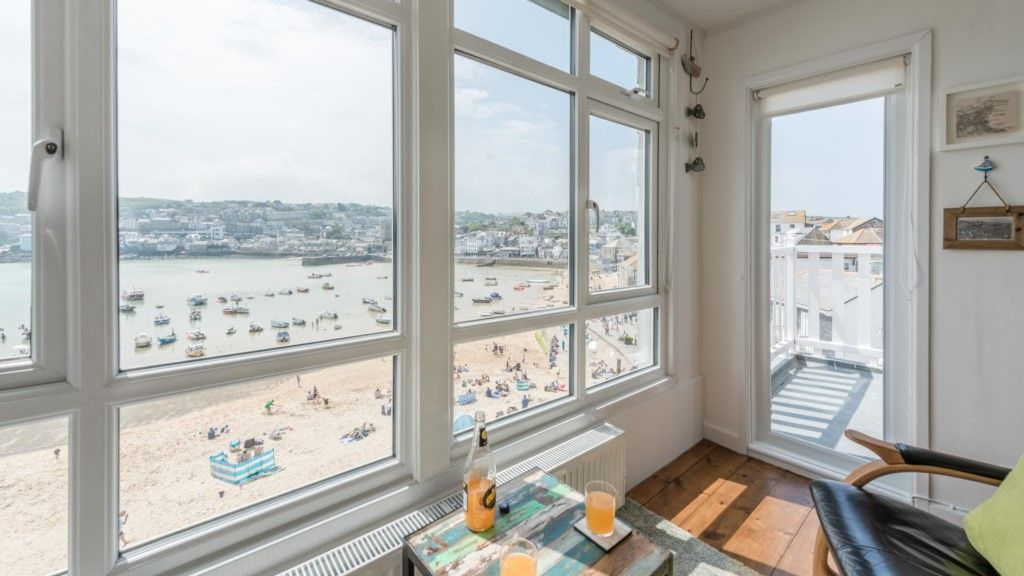 6 Sunnyside, 180° St Ives Harbour Views   Sea And Beach Views Straight From The  Living Room Window! Part 34