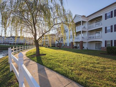 Photo for Luxury 3 BR Condo--Close To Busch Gardens, Colonial Williamsburg, And More!