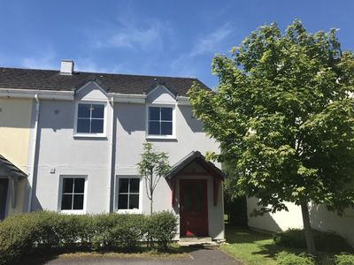 Photo for 4 bedroom holiday home close to Kenmare town centre