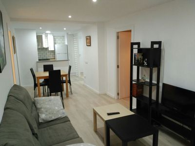 Photo for Modern Apt. In Rusafa-Valencia for 4 people. Central and all amenities