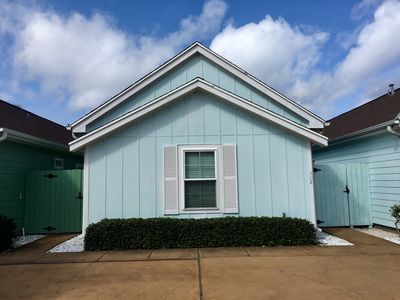 Photo for 2BR Cottage Vacation Rental in Corpus Christi, Texas