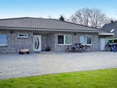 Photo for Bungalow Nordseeparadies, Burhave