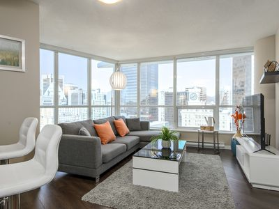 Photo for First Class Luxury Living In Downtown City Center