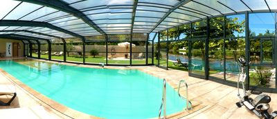 Photo for Villa edge of Sorgue - 14 pers - Heated indoor pool