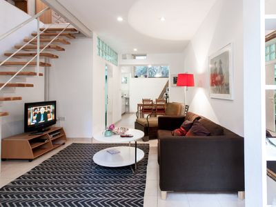 Roni Suite - Charming 1BR Suite in a Peaceful Garden - Amazing Location
