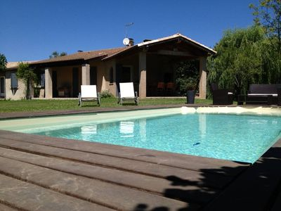 Photo for Pretty detached house in the heart of Provence.