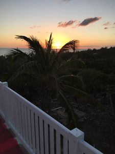 Photo for See2seas in Rainbow Bay, Eleuthera